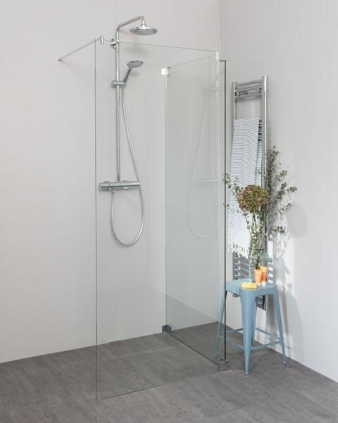 Begehbare Dusche: Walk In Dusche mit Glas-Seitenwand